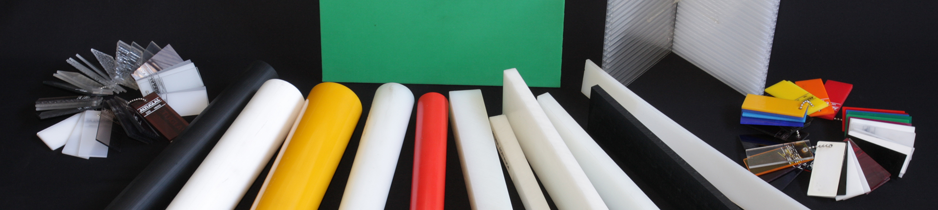Materie plastiche pvc policarbonato polietilene for Tipi di tubi di plastica